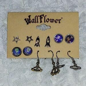 Wallflower Jewelry - Outer space earrings set